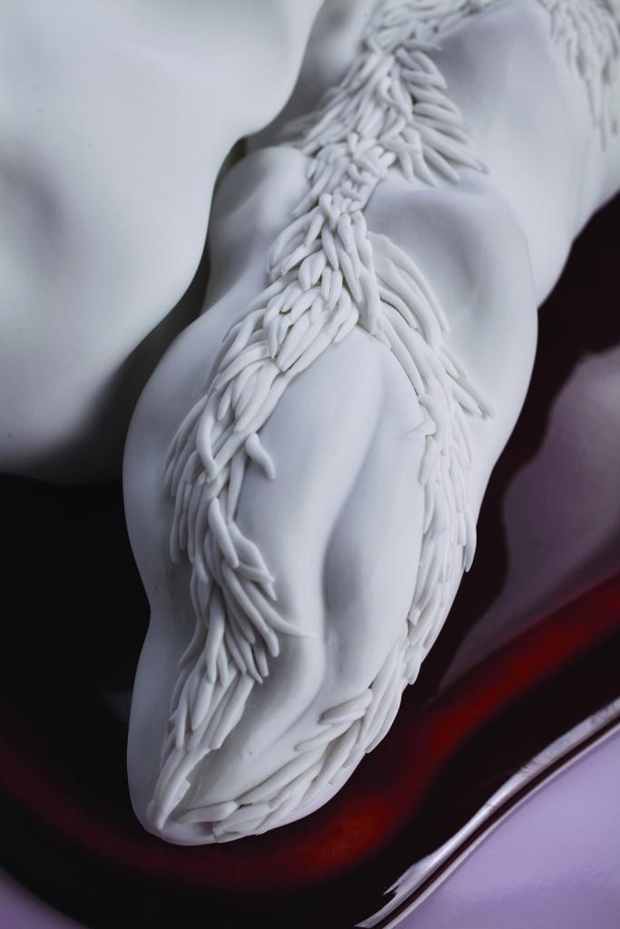 offrande | détail | porcelaine | émail | 2016